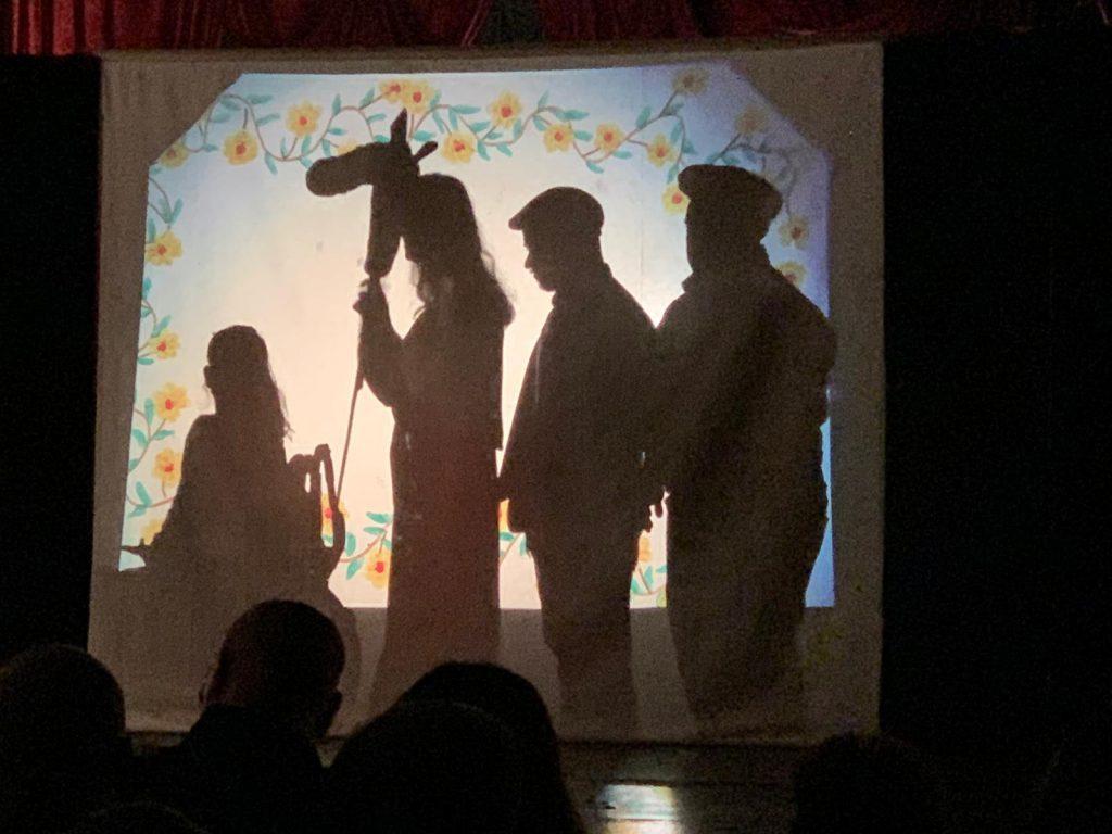 Mina Theatergruppe - MUCİZEVİ BAL / DER WUNDERHONIG